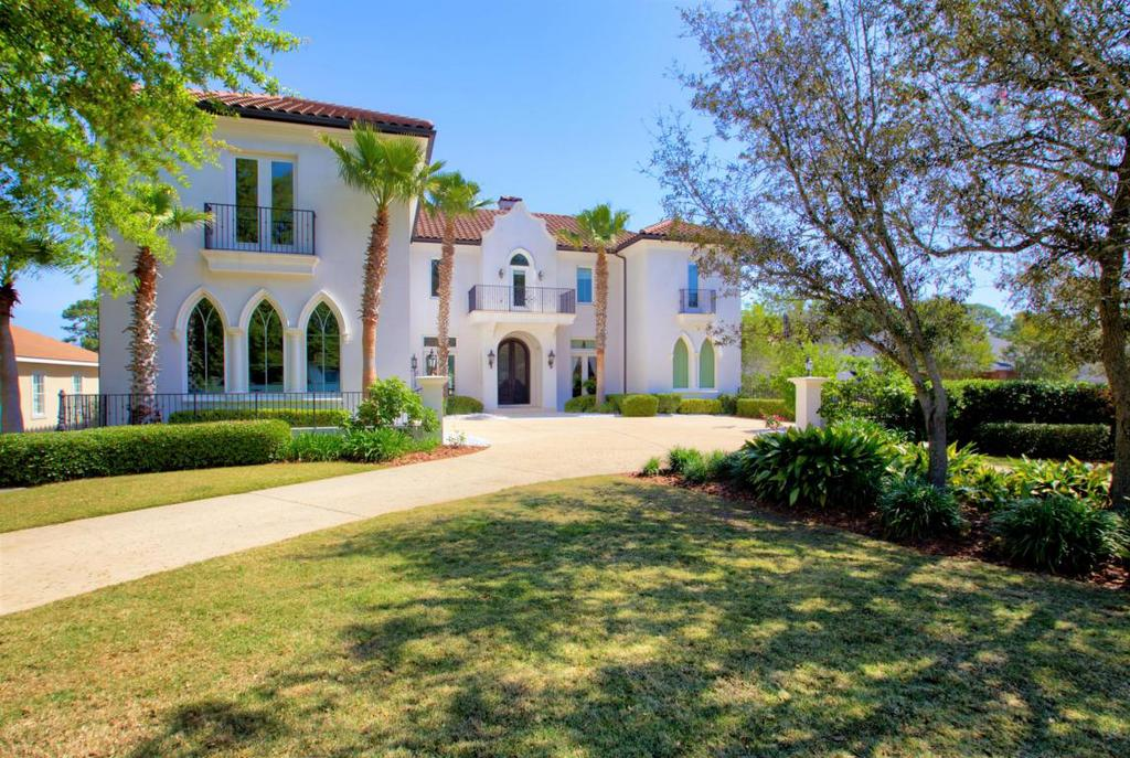 130 West Country Club Drive For Sale