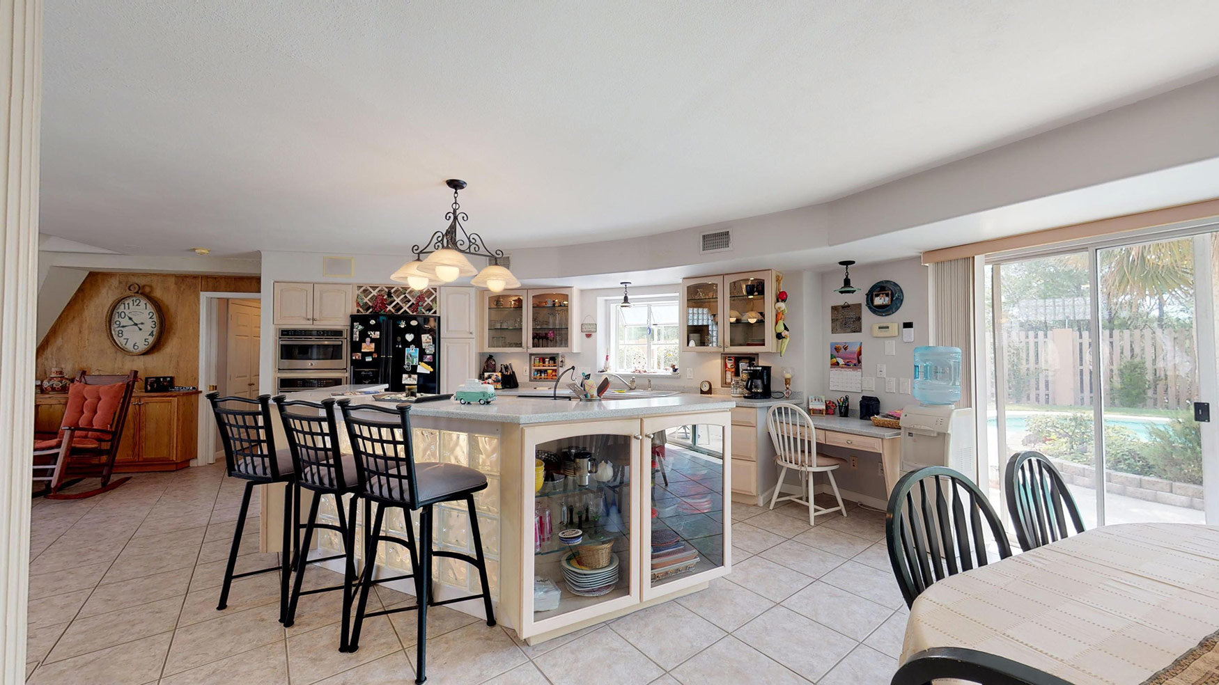 30A Geo Home Kitchen