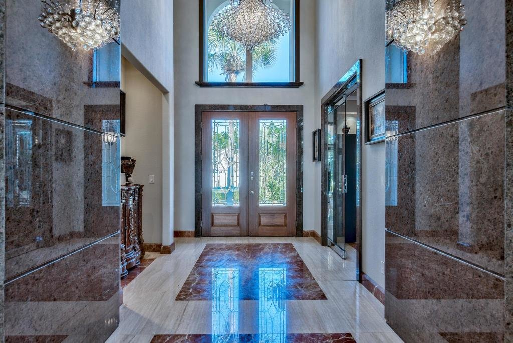 238 Wekiva Cove Entry Way