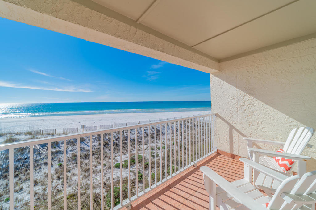 Eastern Shores Balcony