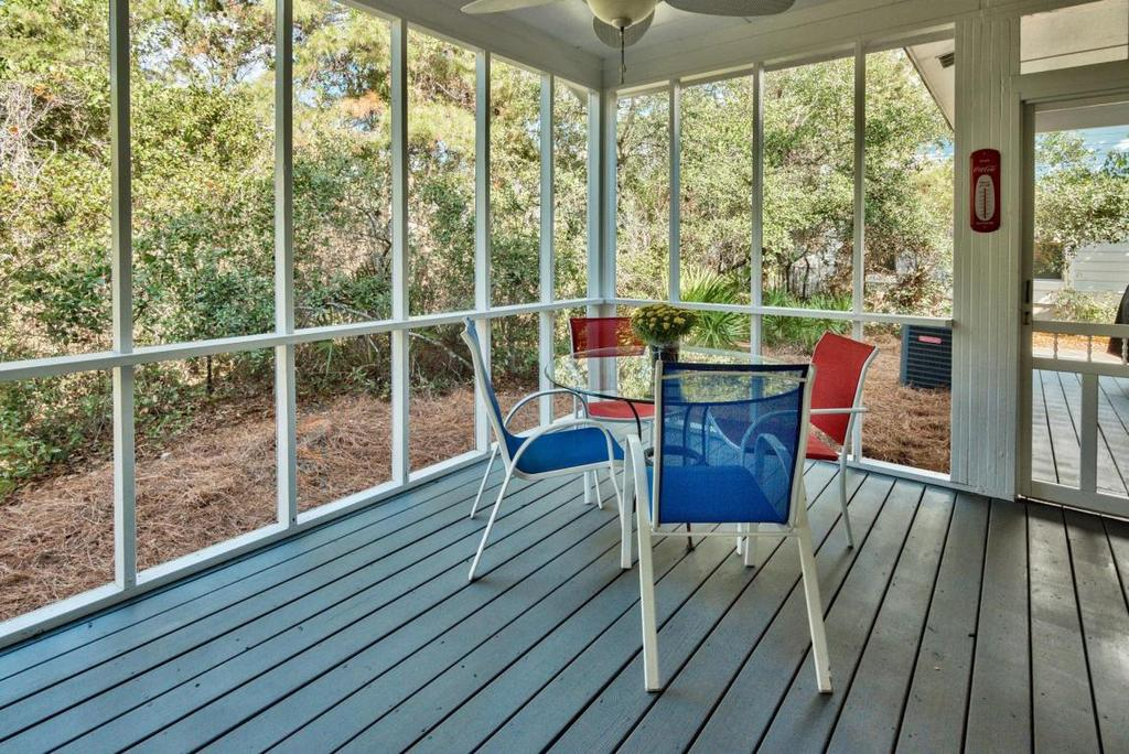 4437 Clipper Cove Porch