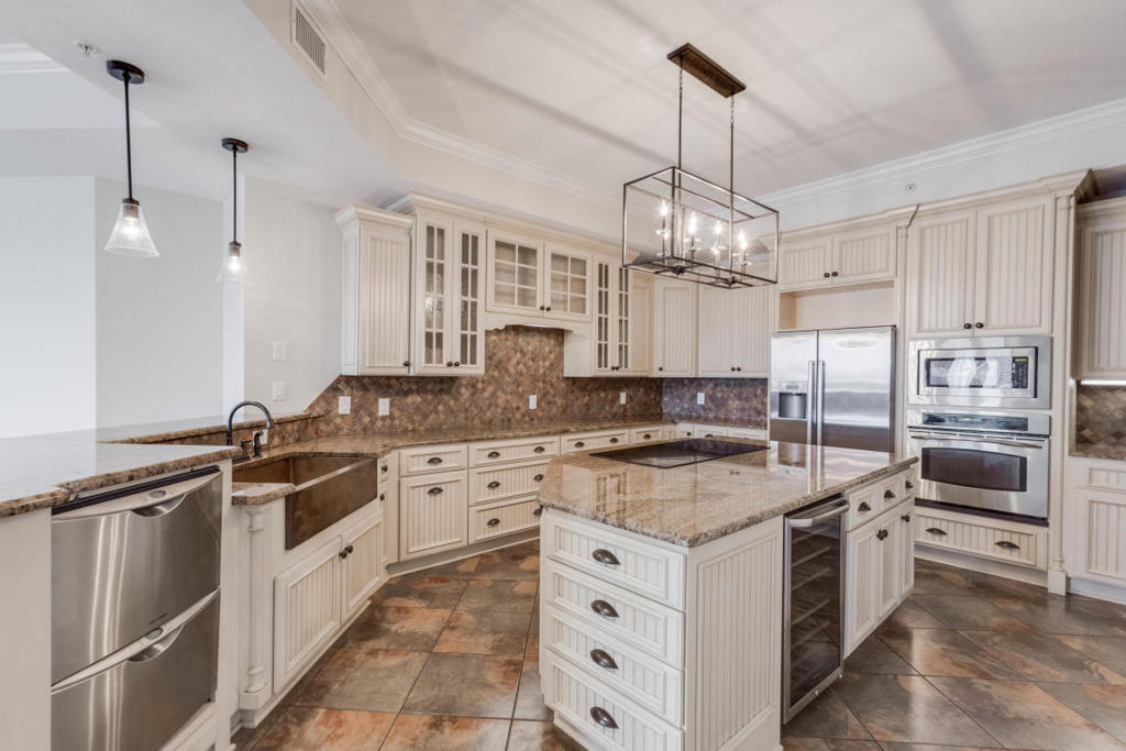 Crab Island Penthouse Kitchen