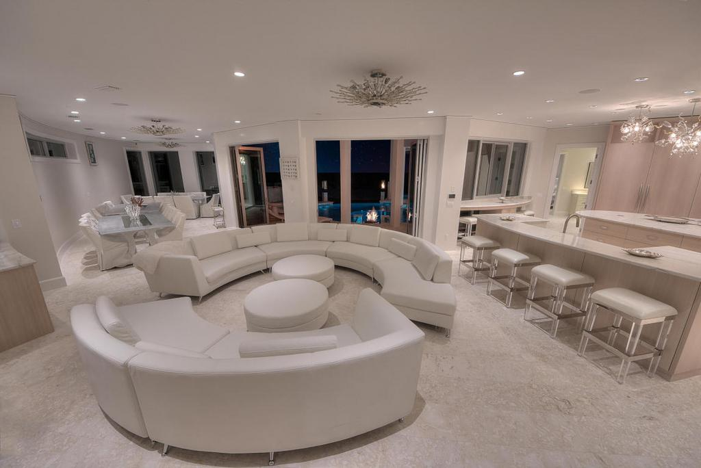 618 Gulf Shore Drive Living Room