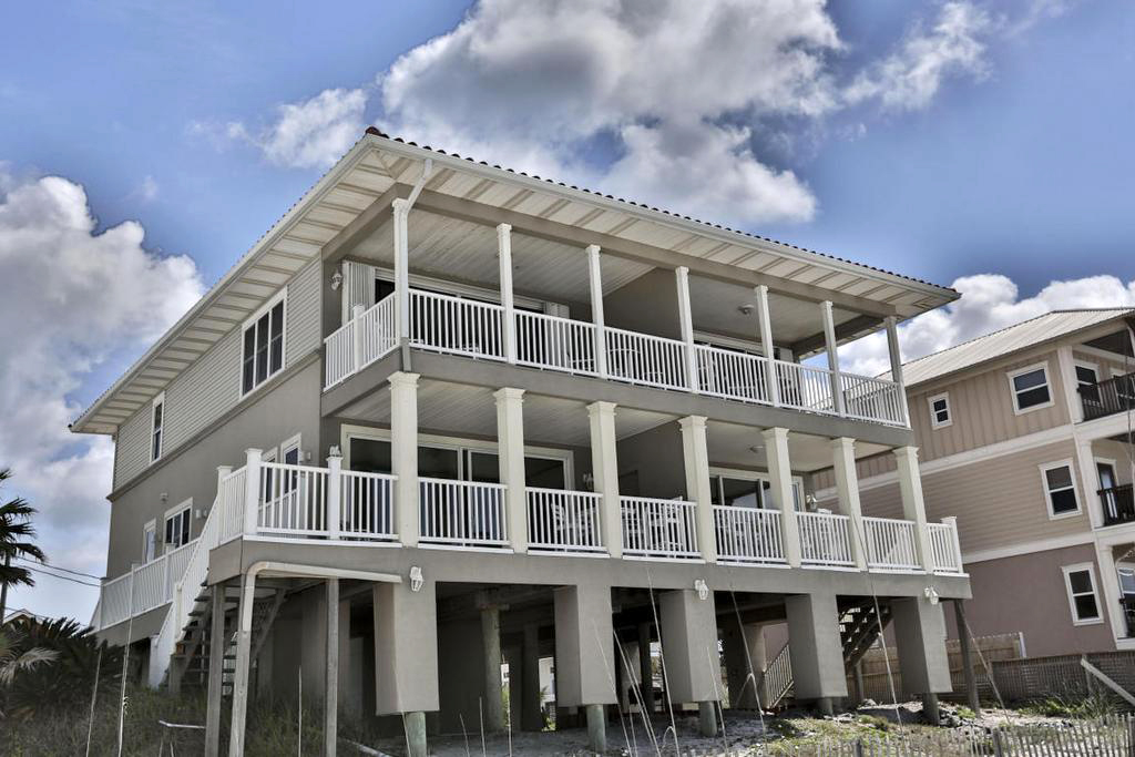 7 bedroom beachfront vacation home for sale